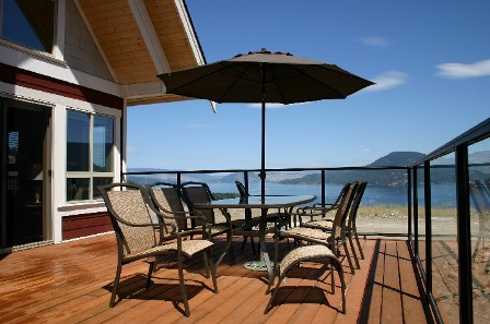 Sundeck with awesome view of Okanagan Lake