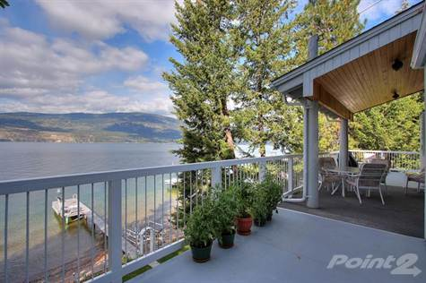 Okanagan Lake Cottage For Rent - Carr's Landing