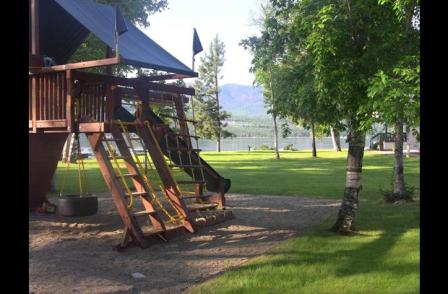 Scotch Creek Cottages - Shuswap Lake BC