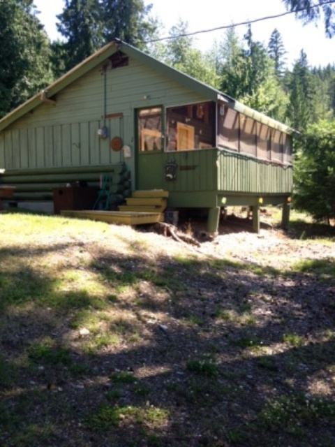 Eagle Bay Cabin For Rent Shuswap Lake