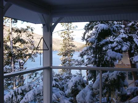 Missezula Lake Cabin Rental - Winter