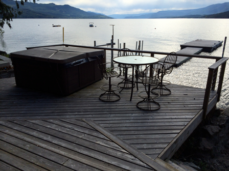 Lakefront Cabin for rent eagle bay Shuswap Lake