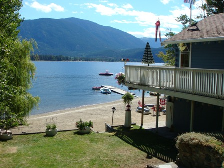 Little Shuswap Lake Cabin For rent